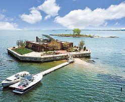 Wyspa za miliony. Znajduje się rzut beretem od Nowego Jorku