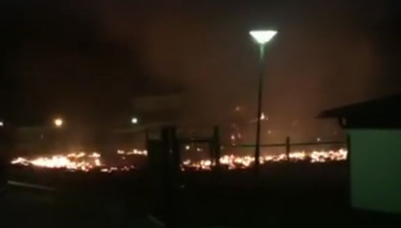 Nocna akcja strażaków w Örebro.
