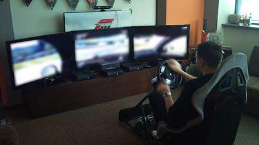 Microsoft pokazał nam jak powinno się grać w Forza Motorsport 4