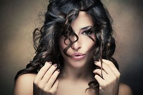 Sposoby na szybki porost włosów