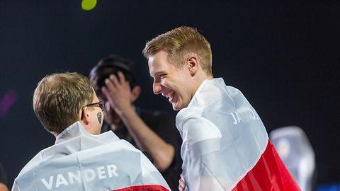 Finały League of Legends Championship Series - prawie jak mecz reprezentacji Polski