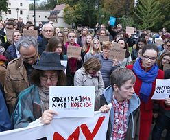 Kraków. Protest pod oknami arcybiskupa Marka Jędraszewskiego