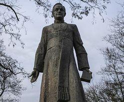 Pomnik ks. Henryka Jankowskiego. Zajmie się nim nadzór budowlany