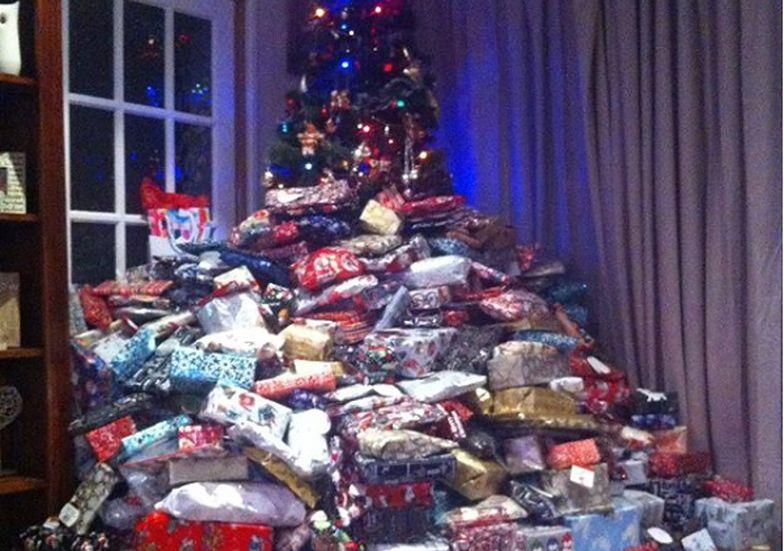 Boże Narodzenie. Kobieta wydała fortunę na prezenty