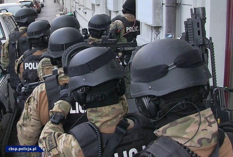 Poznań. CBŚP wymierza mocny cios w agencje towarzyskie