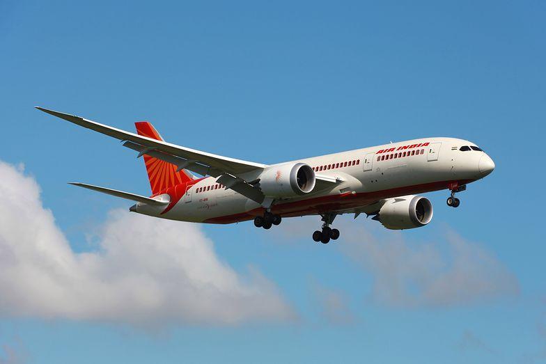 Pasażerowie samolotu pogryzieni przez pluskwy. Air India wini pogodę