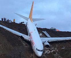 Boeing 737-800 zawisł na skarpie koło morza. Na pokładzie 162 osoby