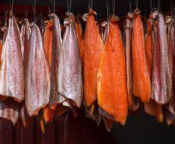 Zatrute łososie z polskiej fabryki. Bakteria mogła dostać się w do ryb w Norwegii