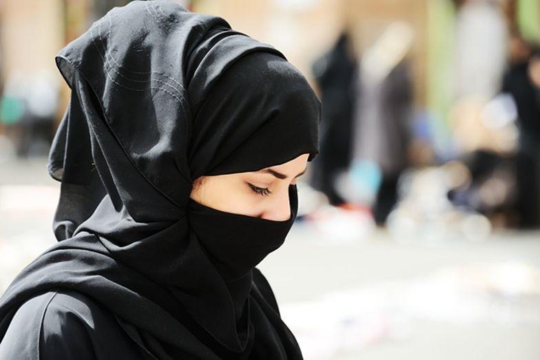 Szokujące przypadki. Tak działa islamskie prawo w Wielkiej Brytanii
