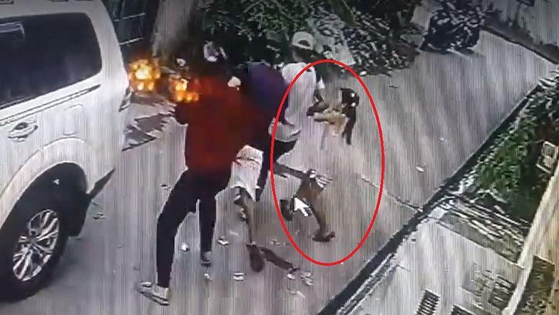 Dziewczynka rzuciła się na uzbrojonych rabusiów. Pokazano nagranie
