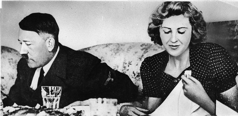 Majtki żony Hitlera sprzedane na aukcji za krocie