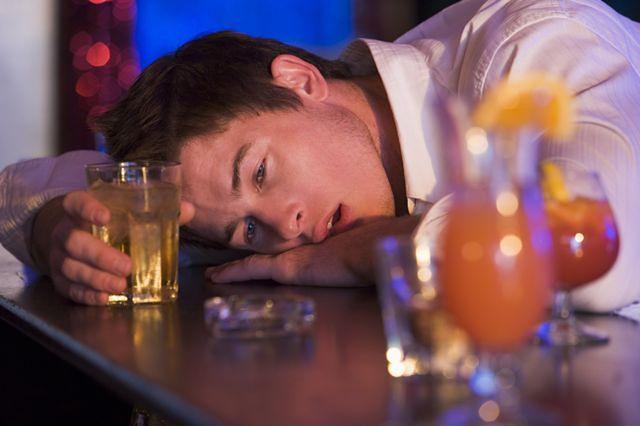 Alkoholizm - stan upojenia alkoholowego