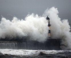 Tropikalny sztorm Maria na Atlantyku przybiera na sile