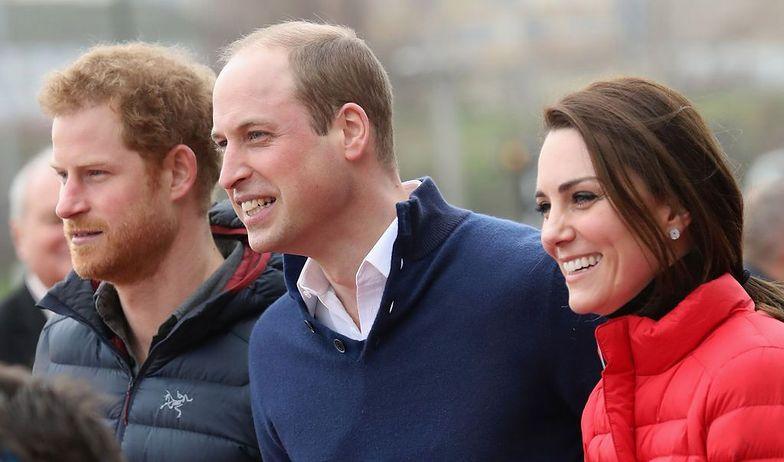 Książę Harry ma chrapkę na koronę księcia Williama