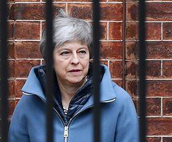 Theresa May jest pod niewyobrażalną presją z powodu brexitu. Obraziła nawet parlament