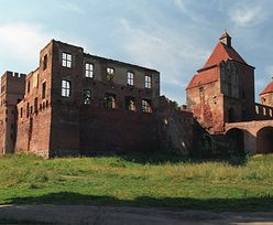 Pokrzyżacki zamek na sprzedaż. Komornik wystawił obiekt na licytację