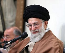 """Przywódca duchowy Iranu odpowiada na sankcje USA. """"Trzeba się zbroić"""""""