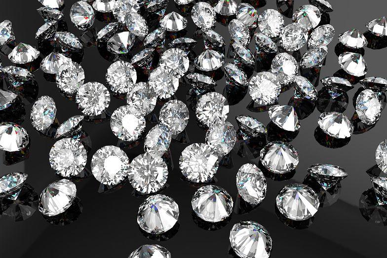 Diamenty były warte blisko 8 mln złotych