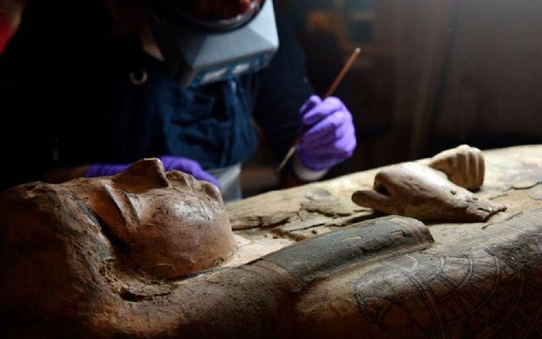 Niesamowite znalezisko. Cenne malowidła w sarkofagu 3000-letniej mumii