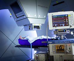 Terapia protonowa niszczy raka. Niezwykle skuteczna i bezpieczna metoda