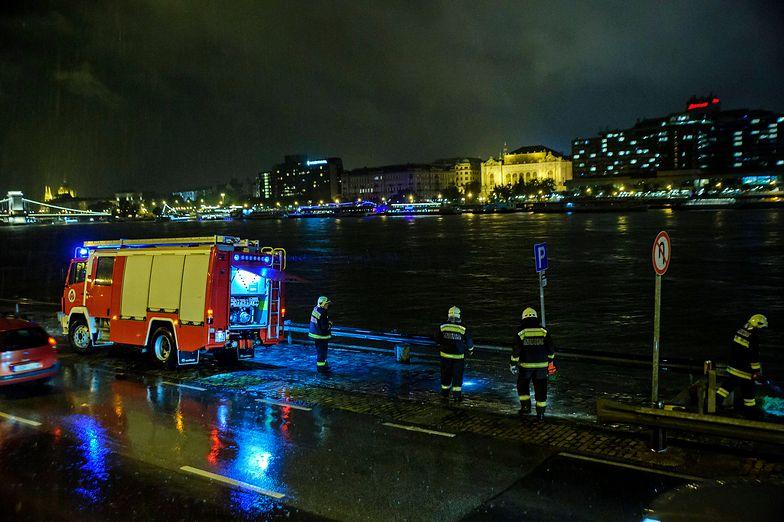 Akcja ratunkowa w Budapeszcie po zatonięciu statku wycieczkowego