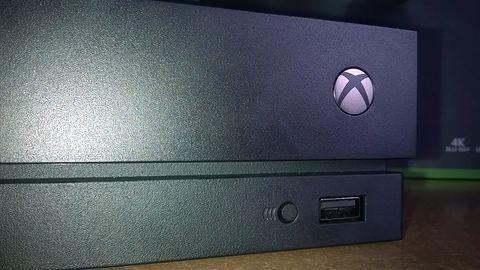 """Xbox One X - pierwsze spotkanie z """"bestią"""""""