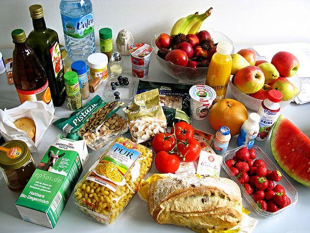 Ile kalorii powinieneś dostarczać w codziennej diecie?