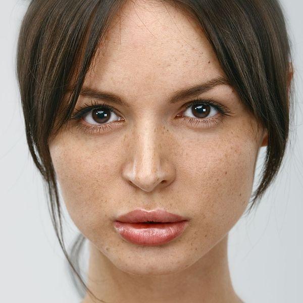Brak makijażu oka