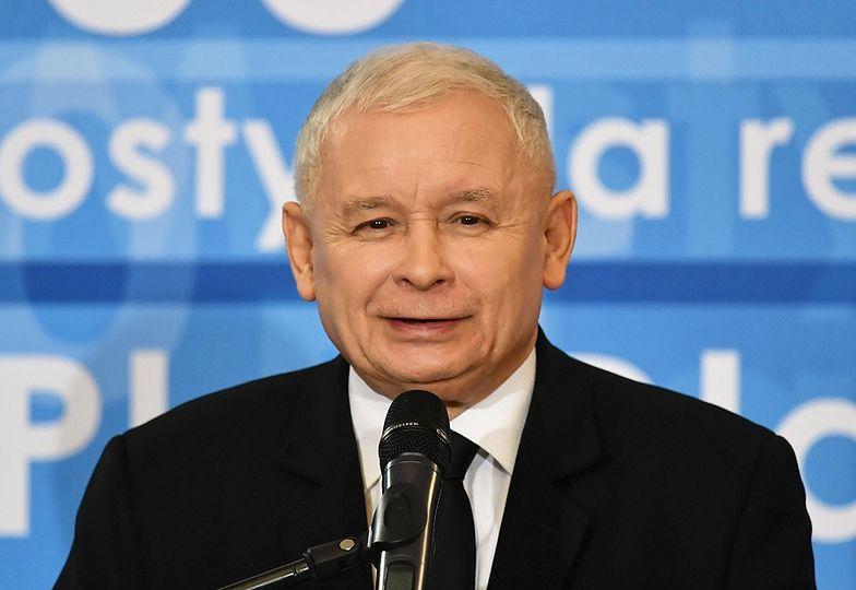 Urocze zdjęcie Jarosława Kaczyńskiego. Ociepla wizerunek?