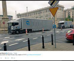 Pracownik Szydło przekonuje, że TVN organizuje marsz PO. Mamy oświadczenie