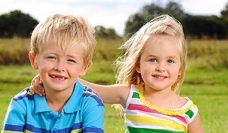 Jak budować relacje między rodzeństwem? (WIDEO)