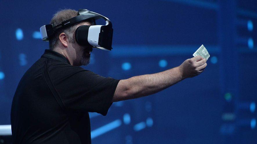Intel prezentuje Project Alloy - gogle, które mają uwolnić wirtualną rzeczywistość od kabli