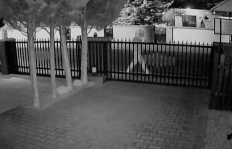 Konin. Zaatakował kościół. W samej bieliźnie i z krzyżem w ręku