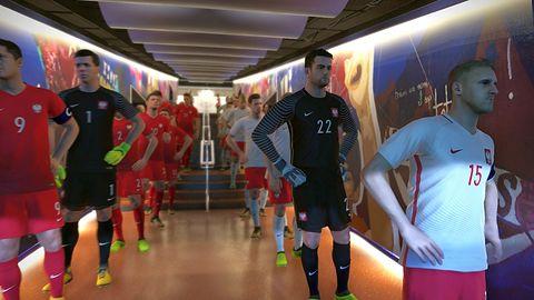 Robert kontra Lewandowski. PES 2018 kontra FIFA 18 - w której grze Polacy wyglądają lepiej?