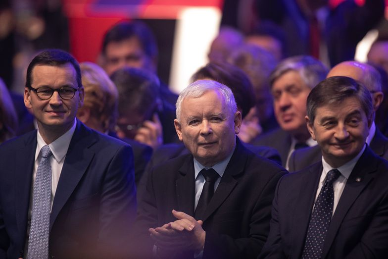 Polacy są podzieleni ws. Jarosława Kaczyńskiego
