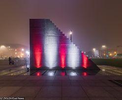 Hulajnogi dotknęły pomnika smoleńskiego. Nastolatkowie zatrzymani