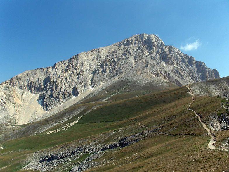 Runął kawałek szczytu w Apeninach. Po trzęsieniu ziemi