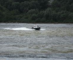 Akcja płetwonurków w Wiśle. Z wody wyłowiono ciało wędkarza