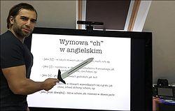 """""""Słaby dubbing położy nawet najlepsze tłumaczenie"""" - rozmawiamy z Ryszardem Chojnowskim, zawodowym tłumaczem gier i producentem pierwszego Wiedźmina"""
