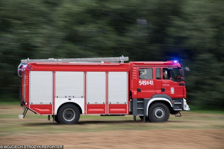 Kędzierzyn-Kożle. Ogromny pożar wysypiska śmieci. W akcji 20 zastępów straży pożarnej
