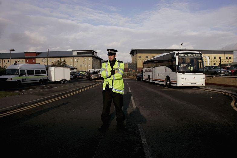 Brytyjskie śledztwo po śmierci polskiego imigranta. Miał powiesić się w ośrodku koło lotniska Heathrow