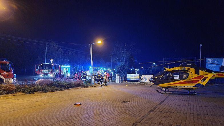 Śląsk. 18-latek zasnął za kierownicą auta. Uderzył w drzewo