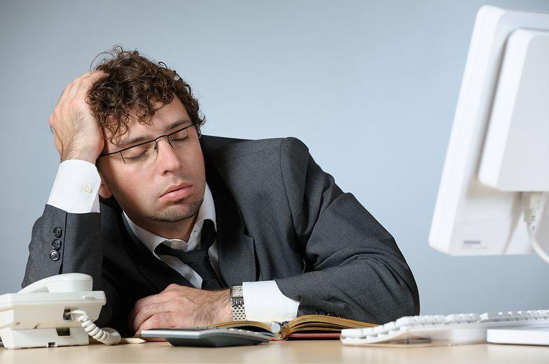 Dużo pracujesz? Po tylu godzinach przy biurku twoje serce wysiądzie