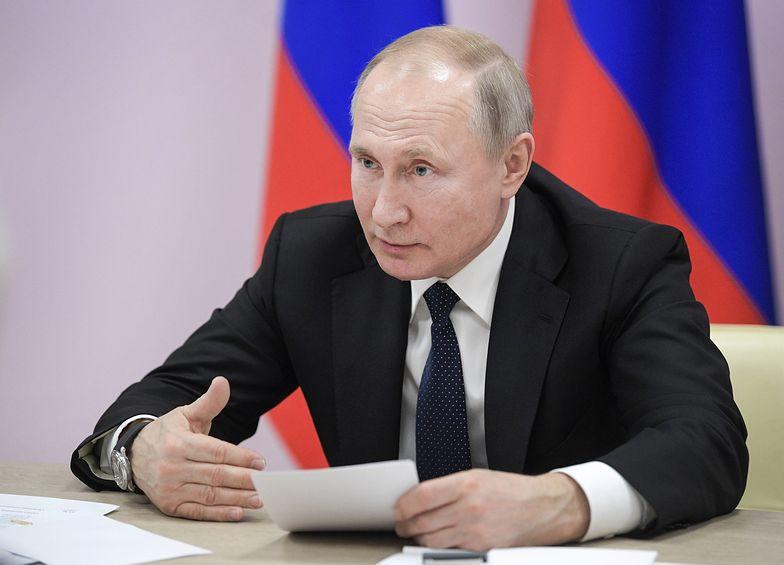 Władimir Putin i spór o historię. Rosja chce rezolucji potępiającej Polskę