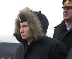 Rosja. Władimir Putin bacznie obserwował z pokładu krążownika