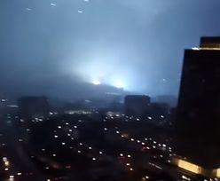 USA. Mężczyzna utknął na dźwigu podczas tornada w Tennessee