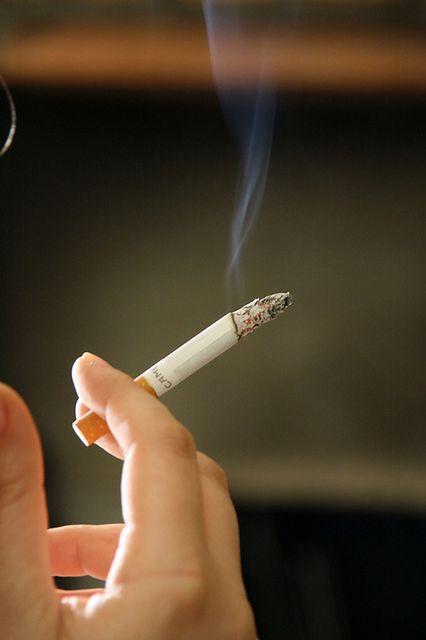 Zachowanie urody - palenie papierosów