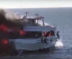 Gdy ich prom zapalił się jak zapałka, musieli skakać za burtę. Jedna osoba nie przeżyła
