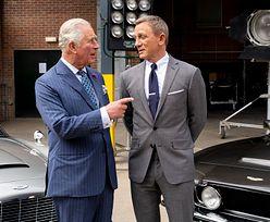 """Wyjątkowy gość na planie. Książę Karol zajrzał za kulisy """"Bonda"""""""