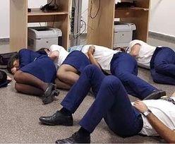 Ryanair zwalnia pracowników. Za spanie na podłodze